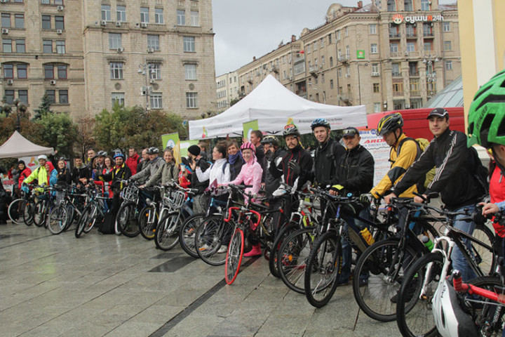 Autumn Bike to Work in Kyiv 2016